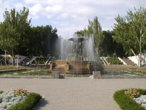 Фонтан и каскад на Театральной площади