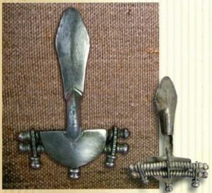 Серебряная фибула